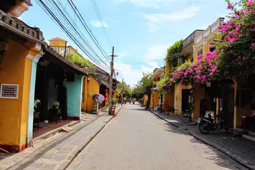Yellowstreet