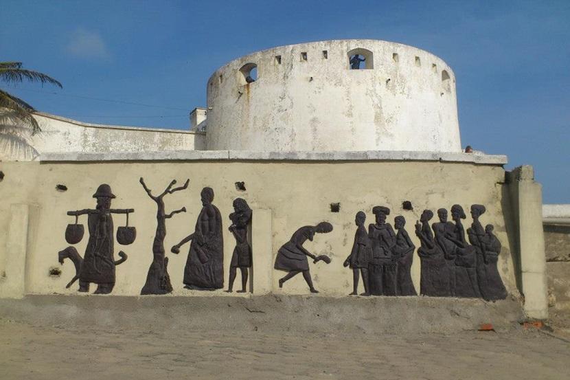 Gammelt fort i Ghana