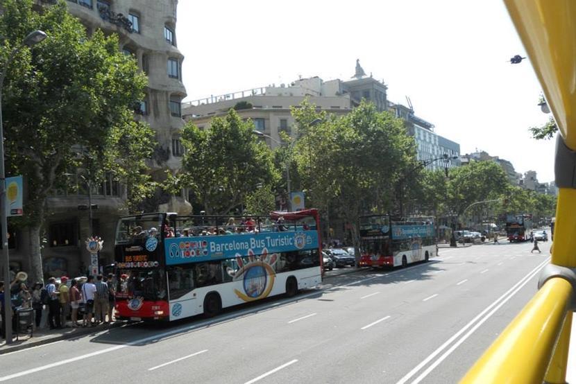 """Vær ikke bange for at være """"turist"""" på destinationen. Rejser du i de store byer i Europa, kan du springe på en turistbus, der tager dig direkte til byens kulturelle hot spots. Foto: Caroline Fuglsig Leidesdorff"""