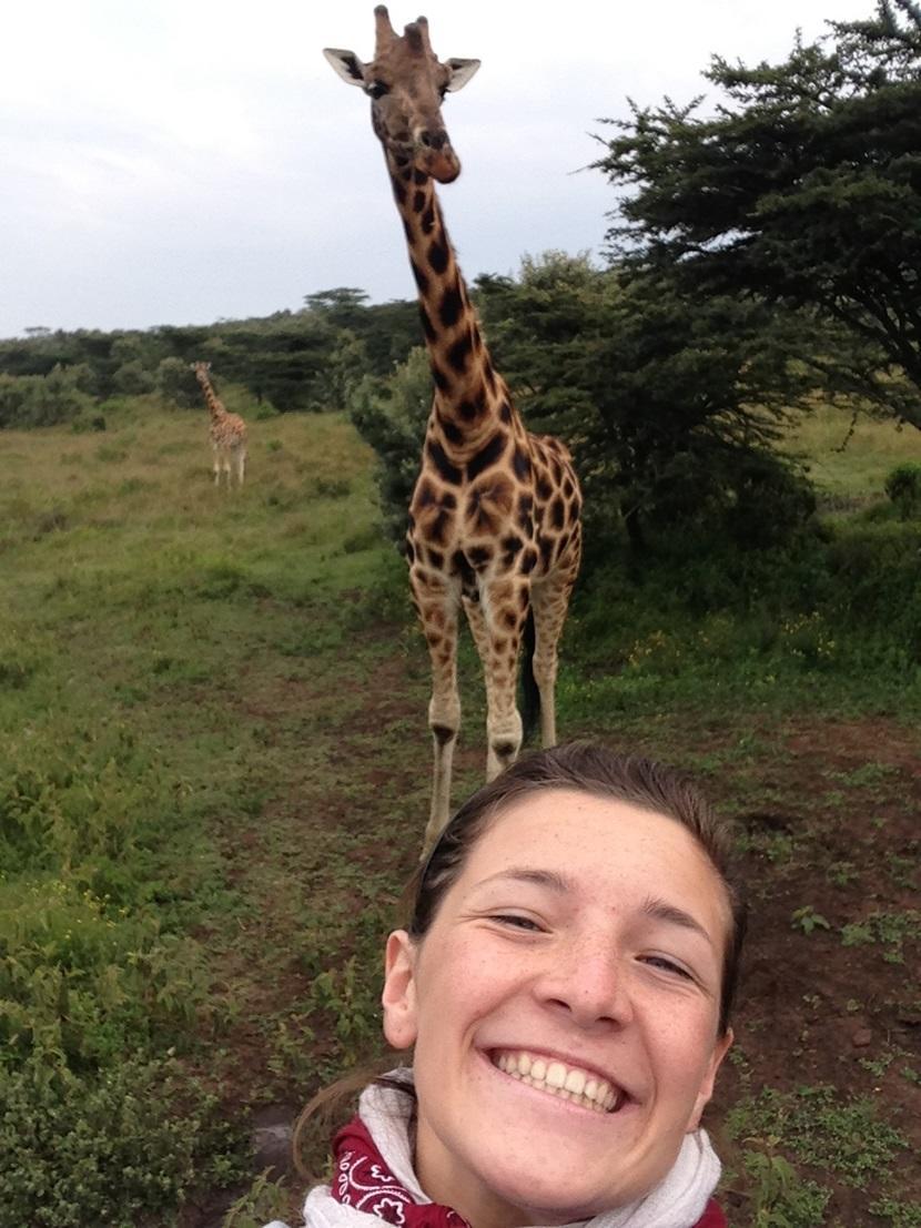 ragazza-giraffa