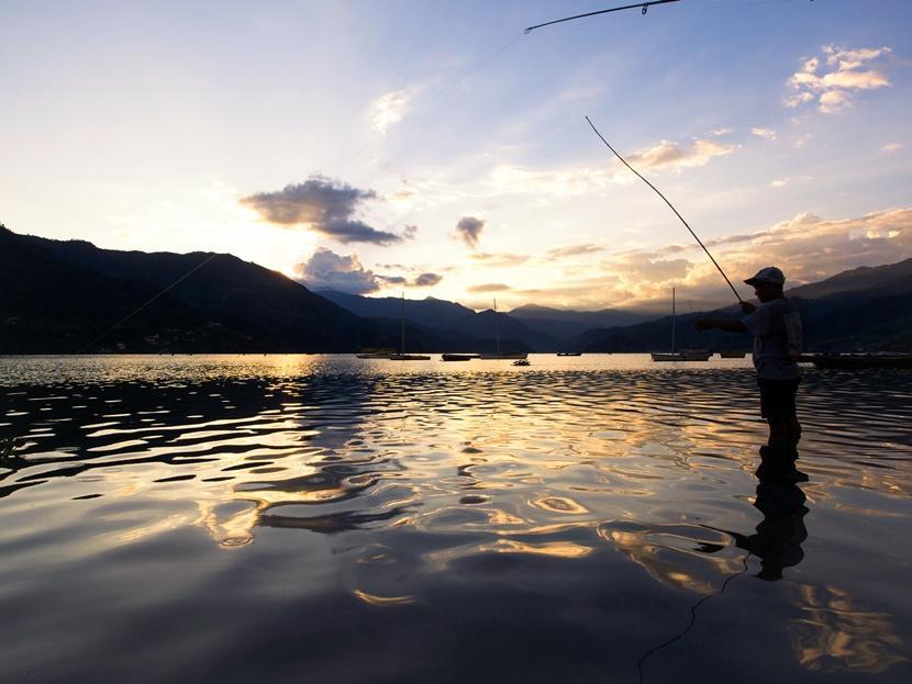 Pescatore lago fewa