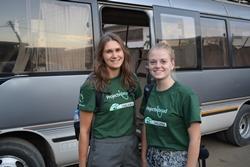 Nieuwe medische kennis en ervaring voor studenten Iris en Rochelle dankzij stage in Tanzania