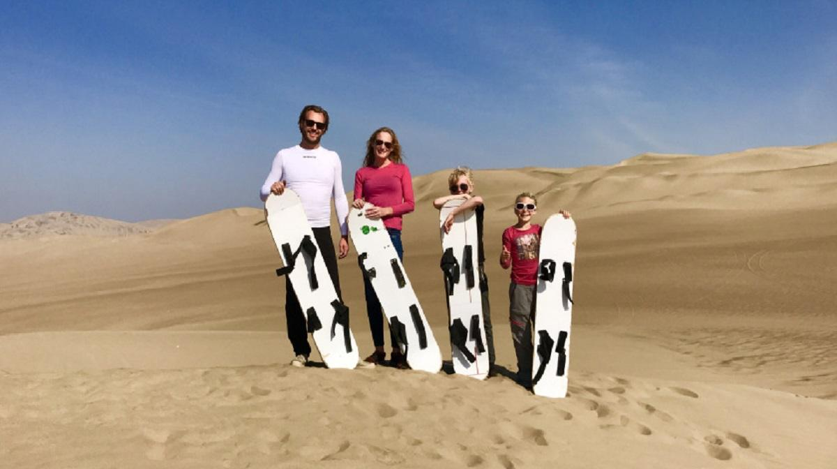 Bart Fatan en gezin in de woestijn van Peru