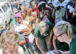 Projects Abroad Volunteers Feed The Homeless In Cape Town