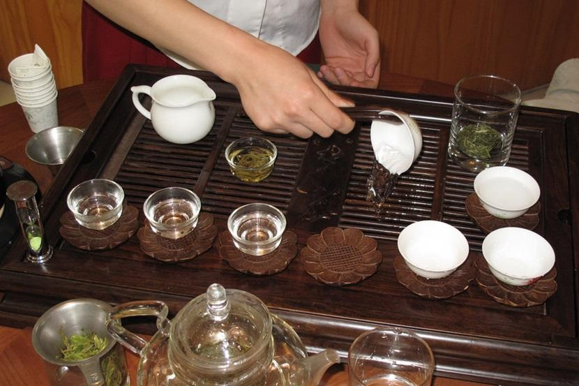 Teahouse scams in China