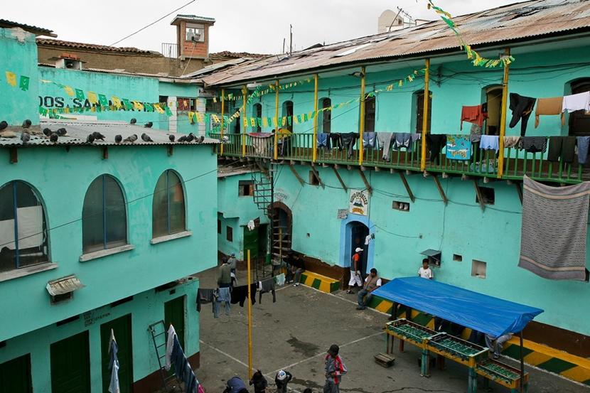 San Pedro Prison in La Paz
