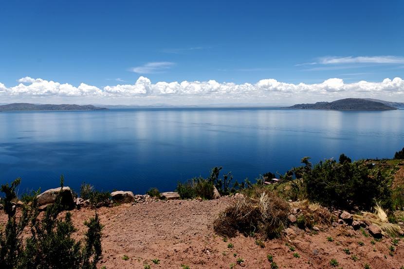 World's highest navigable lake