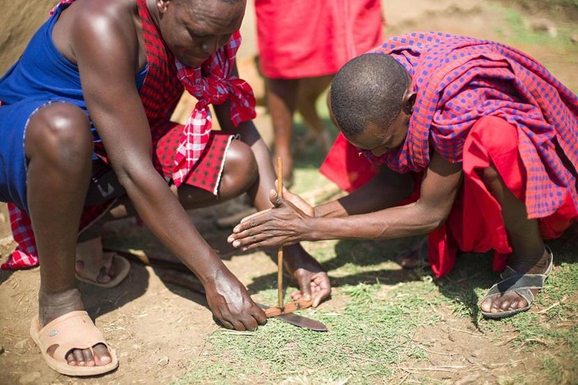 Maasai men wearing shukas