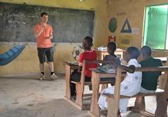 Frivilligt arbejde med undervisning i Ghana