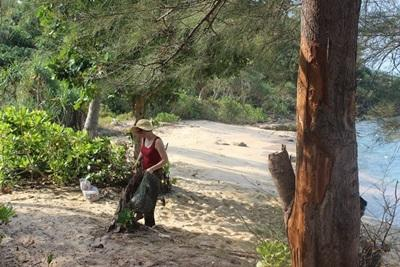 Beach Clean Up in Cambodia