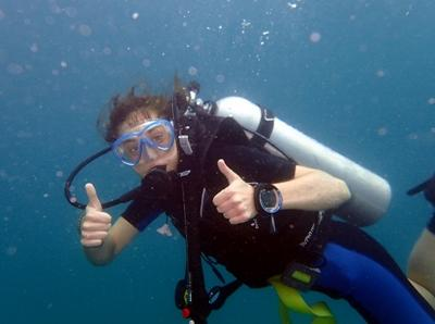 Projects Abroad Marine Conservation volunteer, Kate Jackson from Australia, on a dive at her placement in Cambodia