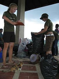 Beach clean-up at Klong Muang