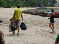 Tonsaii beach clean-up