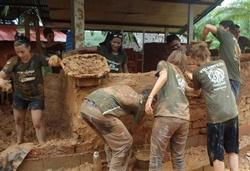 Building mud house