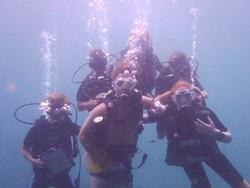 Volunteers diving in Thailand