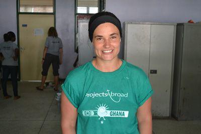 Projects Abroad Care volunteer from Australia, Jodi Kane, contributes to a Cape Coast Teaching Hospital patient's surgery in Accra, Ghana