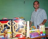 Zum Start seines Projektes in Äthiopien hat Alexander Neudorfer die Lemlem Schule mit einer Sachspende überrascht!