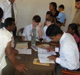 Besonderer Einsatz für unsere Medizin-Praktikanten im Ruhunu Waisenheim in Sri Lanka