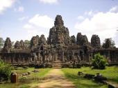 Freiwilligendienst vor den Toren von Angkor Wat