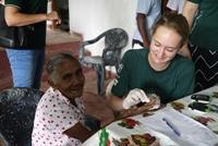 Freiwillige aktiv im Schulferien Special Medizin in Sri Lanka│Projects Abroad