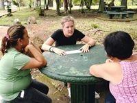 Wirtschafts-Praktikum Costa Rica unterstützt Beschäftigte durch Teambildung