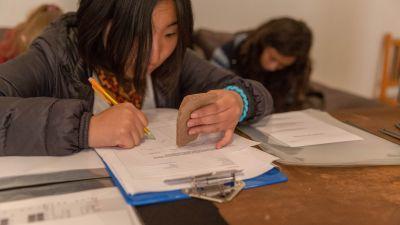 Schulferien – Special Freiwillige dokumentiert ein Fundstück
