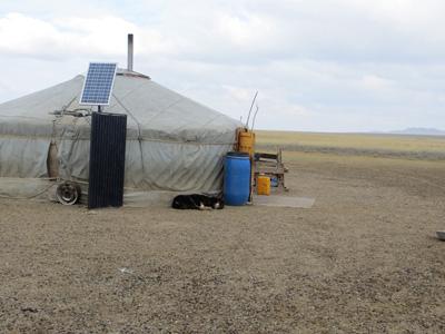 Unsere Mitarbeiterin Julia hat im Oktober unsere Projekte in der Mongolei besucht.