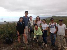 Frivillige på toppen af San Cristobal