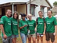 Byggeprojektet i Jamaica: Ét lokum ad gangen