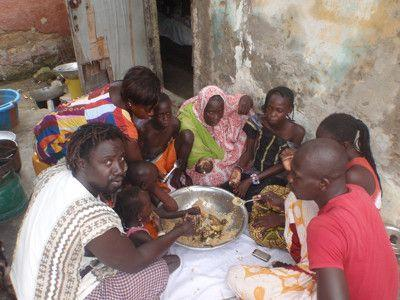 Middag med Mayoro og hans familie