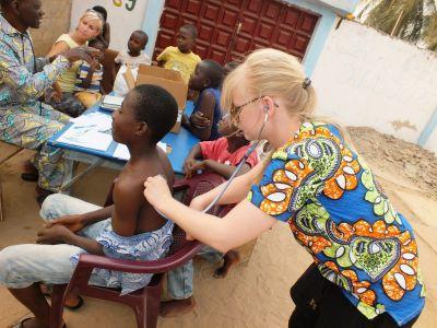 Cilia undersøger lokale i Togo