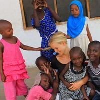 For A Wiser Africa – bærbar til Tanzania