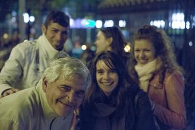 En gruppe frivillige fra Projects Abroad deltager i vores ugentlige outreach program for Cordobas hjemløse i forbindelse med deres arbejde på Menneskerettighedsprojektet i Argentina