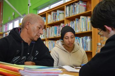 Tag på et ungdomsprojekt inden for menneskerettigheder i Sydafrika