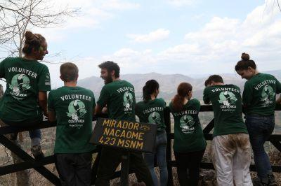 Volunteers on the Conservation project in Costa Rica