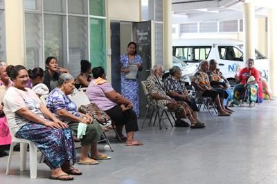 Members of a local Samoan community attend a Nutrition outreach held by Projects Abroad.