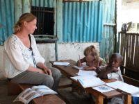 Danish Mother and Daughter volunteer together at the Care Project in Kenya