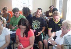 Présentation sur le VIH/Sida donnée par les volontaires de la mission médecine en Jamaïque