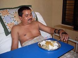 Deepak et sa nouvelle prothèse manuelle