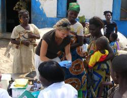 Nos volontaires aident les réfugiés ivoiriens au Ghana