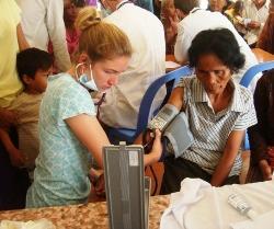 Campagne de soins – Mission médecine au Cambodge
