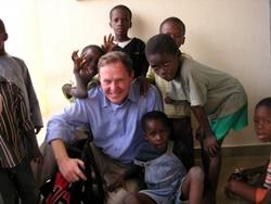 Orthophoniste PRO  avec les enfants de l'ONG