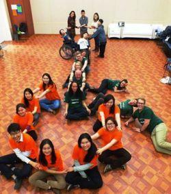 Volontaires et bénéficiaires de la collecte de fonds