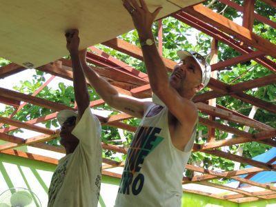 Reconstruction d'une école aux Philippines