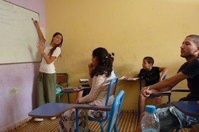 Partir avec son entreprise: congés de solidarité volontaire (CSV) avec Projects Abroad.