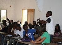 Confronto tra volontari e studenti senegalesi: