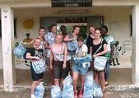 Nuovo progetto di riciclaggio della plastica lanciato dai nostri volontari in Ghana.