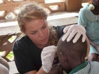 Stai pensando di iscriverti a medicina? Parti per uno stage di orientamento in Ghana