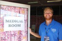 Un volontario fisioterapista alle Samoa si unisce al team medico per una partita storica contro gli All Blacks