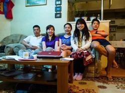 日本人女子大学生、モンゴル特有の言語と文化を体験!